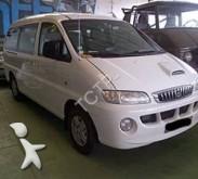 minibus Hyundai usado