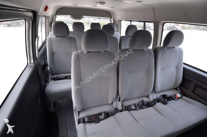 photos autobus toyota minibus toyota hiace neuf 861261. Black Bedroom Furniture Sets. Home Design Ideas