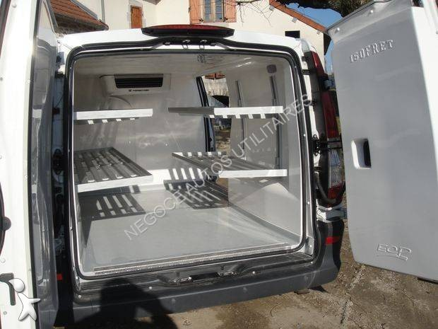 utilitaire frigo mercedes caisse positive vito occasion. Black Bedroom Furniture Sets. Home Design Ideas