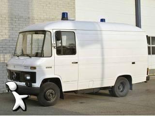 ambulance mercedes 500 serie 508 ambulance occasion n 215791. Black Bedroom Furniture Sets. Home Design Ideas