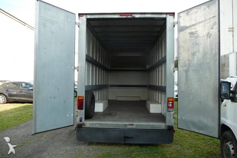 used renault master chassis cab l3h3 2 5 dci 120 6x6 n. Black Bedroom Furniture Sets. Home Design Ideas