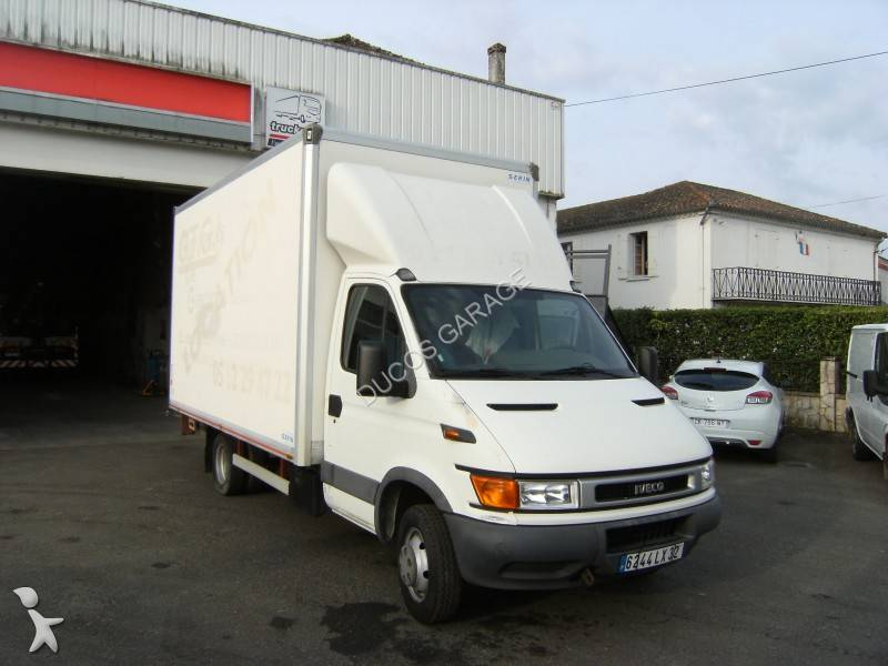 utilitaire ch ssis cabine iveco daily 35c11 4x2 nc hayon occasion n 740330. Black Bedroom Furniture Sets. Home Design Ideas