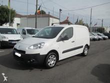 Fourgon utilitaire Peugeot Partner 1,6l hdi 75 cv