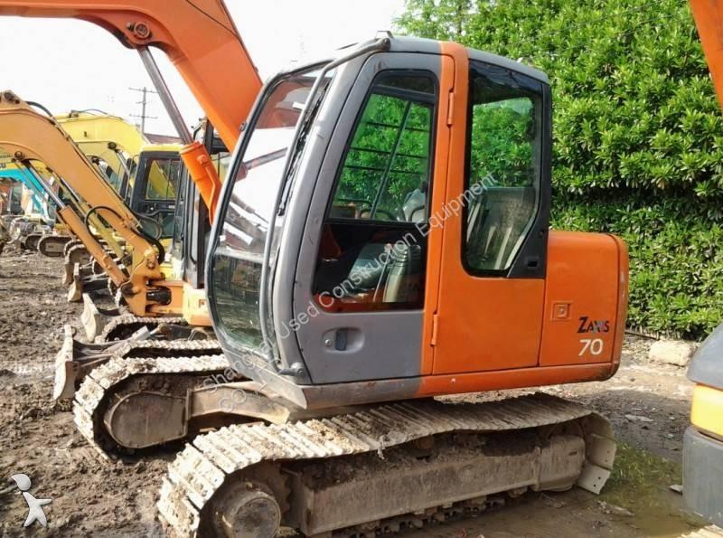 Vedeţi fotografiile Excavator Hitachi ZX70