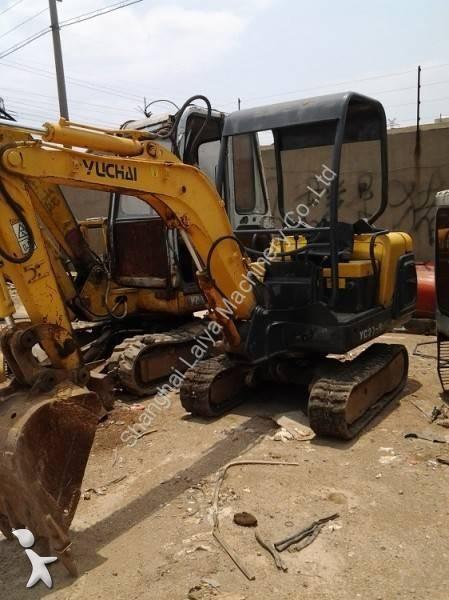 Escavatore Yuchai YC20-8
