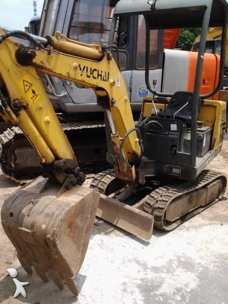 Excavator Yuchai YC13-6