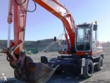 escavatore gommato Fiat
