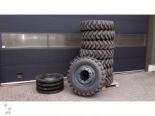 pelle sur pneus occasion