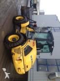 pelle sur pneus New Holland