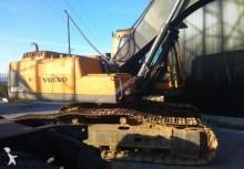 escavadora de largatas Volvo