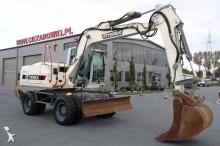 escavatore gommato Terex