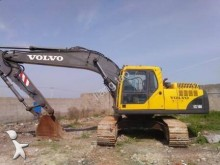pelle sur chenilles Volvo