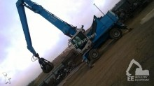 escavatore per movimentazione Terex