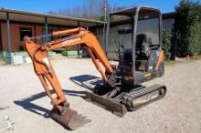 mini-escavadora Hitachi