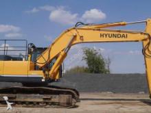 pelle sur chenilles Hyundai