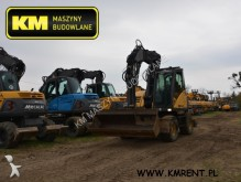 escavatore gommato Mecalac