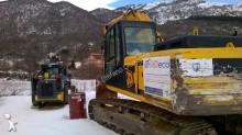 escavatore per movimentazione JCB