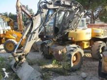 excavator pe roti Mecalac