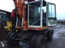 escavatore gommato Atlas