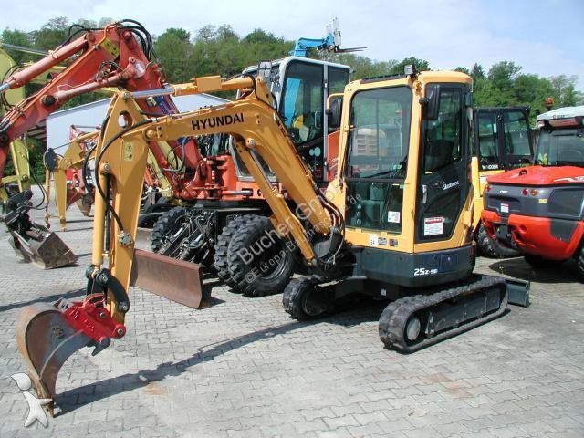 Escavatore Hyundai R 25 Z 9A