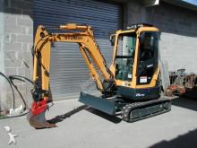 Vedere le foto Escavatore Hyundai R 25-9 A
