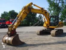 escavatore cingolato JCB