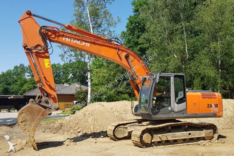 Hitachi ZX 210-3 excavator