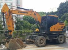 graafmachine op banden Hyundai