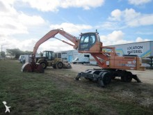pelle de manutention Doosan