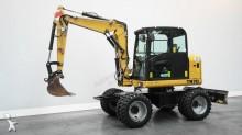 escavatore gommato Terex-Schaeff