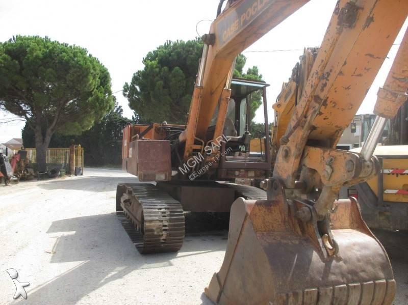 Escavatore Case cs
