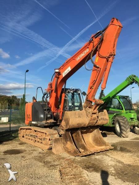 Hitachi ZX135 US-5B excavator