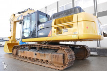 Caterpillar rail excavator