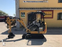 mini escavatore Caterpillar