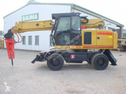 Gradall wheel excavator