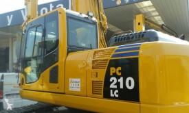Komatsu PC210LC8