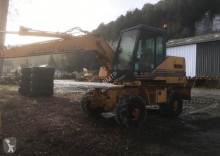 Vedere le foto Escavatore Case 688 BP