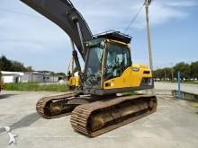 Vedere le foto Escavatore Volvo EC220DLC