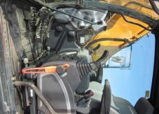 Voir les photos Pelle Hyundai R180 LC-9