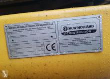 Vedere le foto Escavatore New Holland E245C