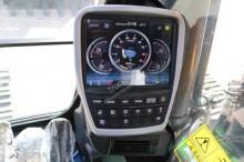 Voir les photos Pelle Hyundai HX 330NL
