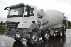 betonieră Mercedes