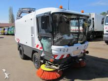 camion cu echipament de măturat străzi Mathieu