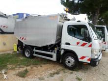 camion benne à ordures ménagères Mitsubishi Fuso