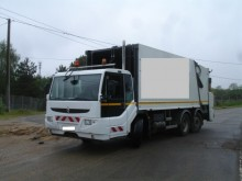 camion raccolta rifiuti Ponticelli