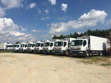 camión volquete para residuos domésticos Renault