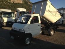 camion benne à ordures ménagères Romanital