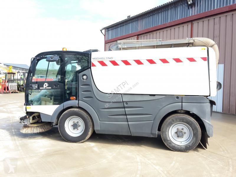 Mathieu road network trucks