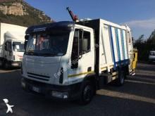 camion benne à ordures ménagères Iveco