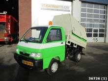 camión volquete para residuos domésticos Piaggio